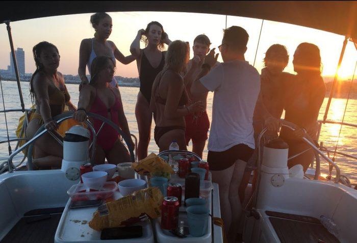 private sailing trip barcelona