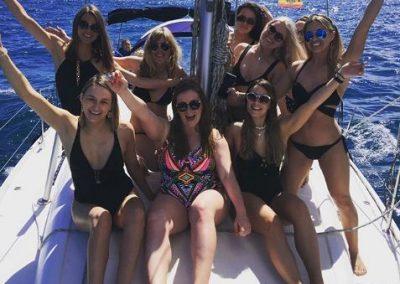 hen party boat barcelona