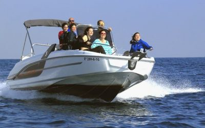 Speed boat hire Barcelona
