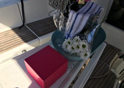 cake birthday in a boat