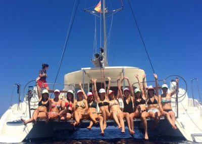 catamaran hen party barcelona