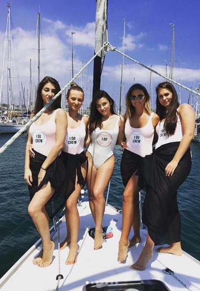 despedida de soltera en barco en Barcelona
