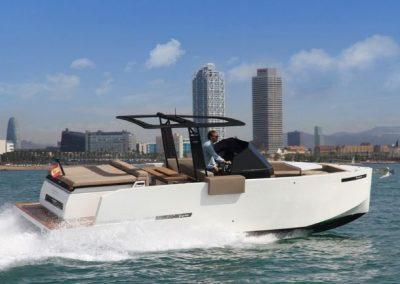 speed boat barcelona