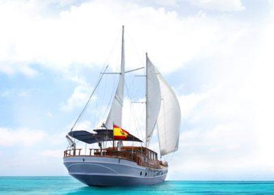 goleta navegando