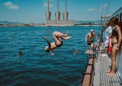 jumping water goleta barcelona